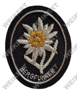WAFFEN SS - Mountain troops edelweiss / Bergführer badge - officer version